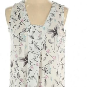 Loft  floral sleeveless blouse pleated front